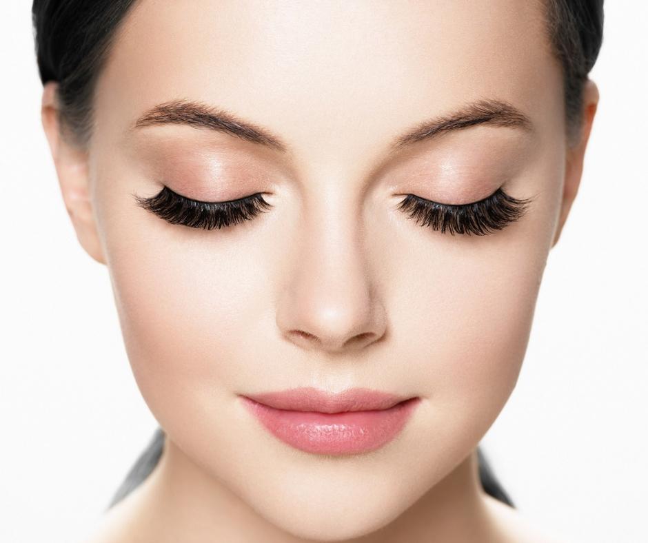 Wimpernverlängerung & Make Up